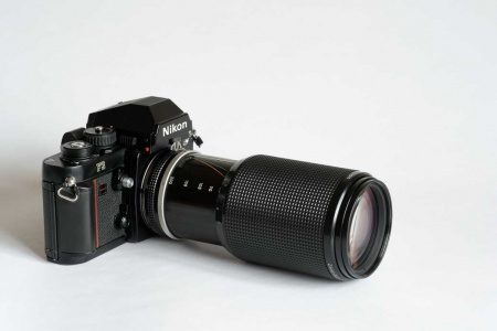 Nikon 80-200mm F4 AIS zoom lens for sale in Chesterfield, Derbyshire